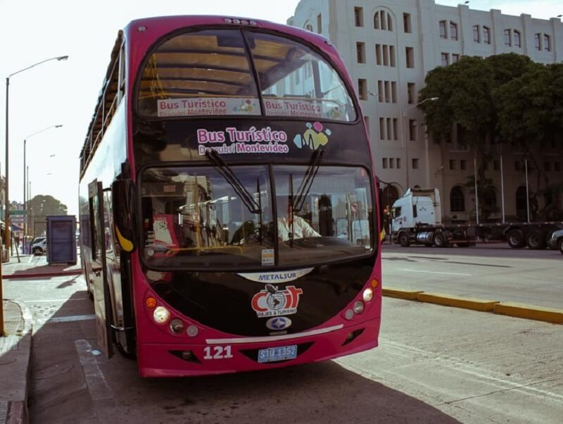 Ônibus turístico Montevidéu