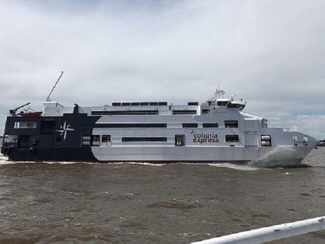 Como se locomover com ferry por Montevidéu